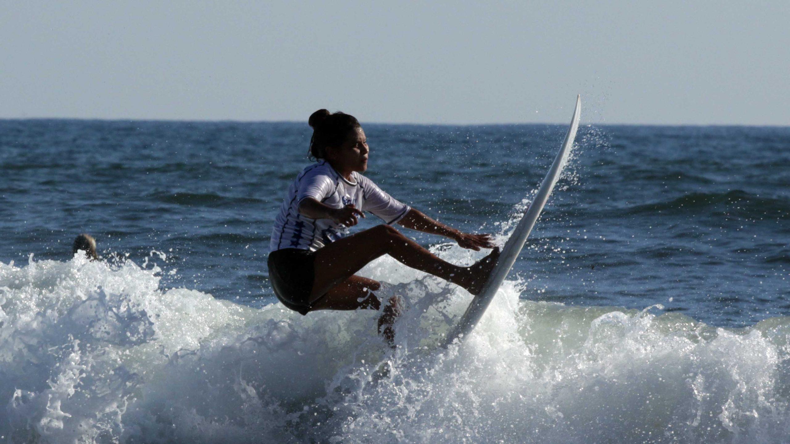 Seis salvadoreños destacan en el inicio del Surf City El Salvador ALAS Tour 2020